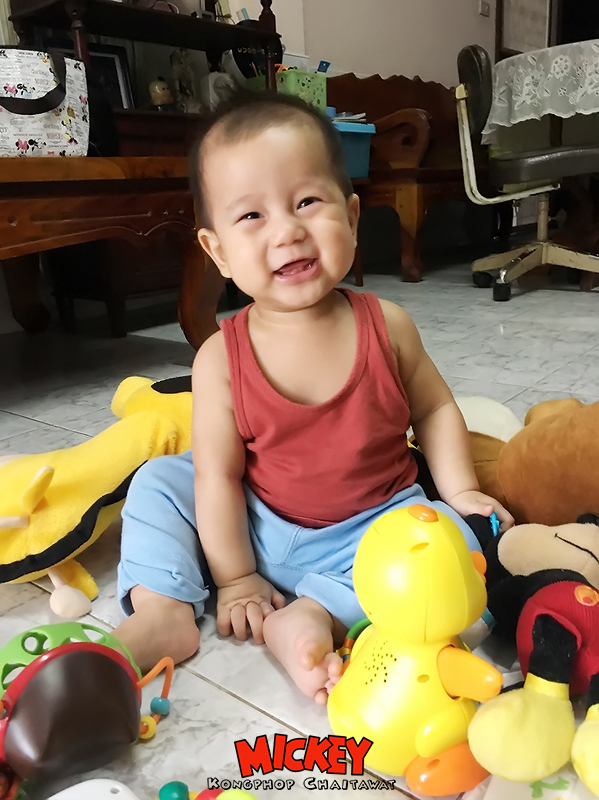 Mickey8month-4